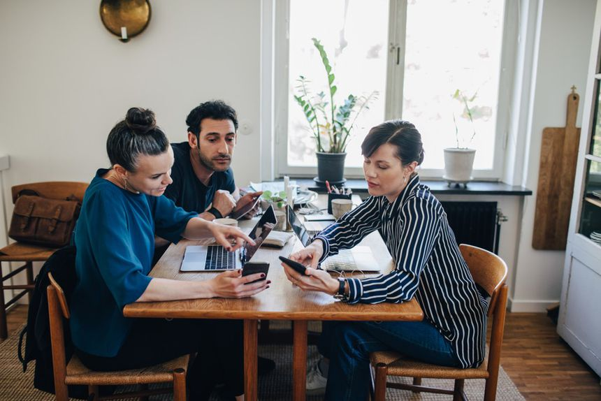 These shared teleworking times can be an opportunity to compare working methods.